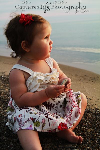 baby_girl_lake_michigan