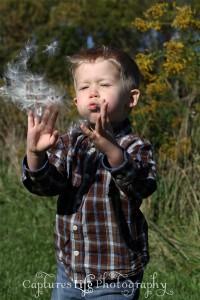 boy_field_milkweed