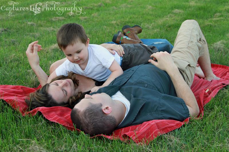 family_pile_blanket