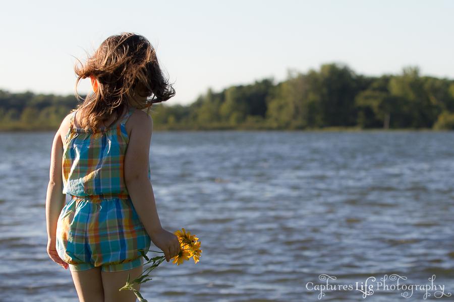 girl_lake_sun_wind