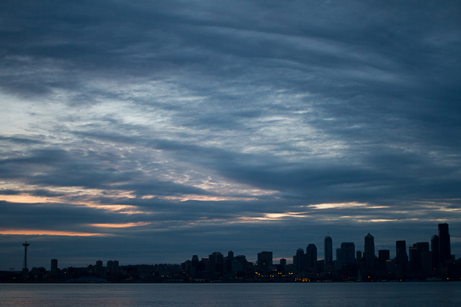 seattle_downtown_space needle_sunrise_b-2